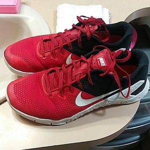 Nike Metcon 4 size 8.5 (MEN)